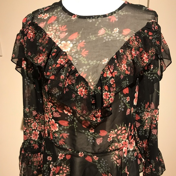 Zara Tops - Zara flowery ruffle blouse